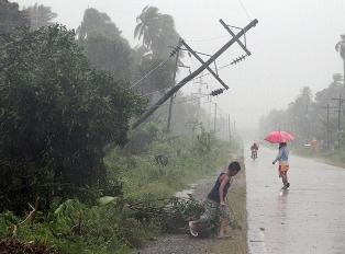 Тайфун на Филиппинах уничтожил тысячи домов и больше половины сельхозугодий