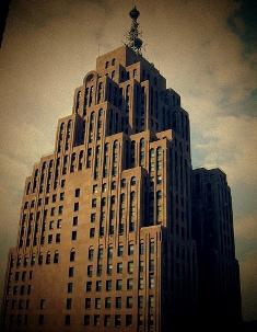 Старейший небоскреб Детройта обрел новых владельцев