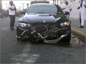 Известный спринтер попал в аварию в нескольких метрах от дома