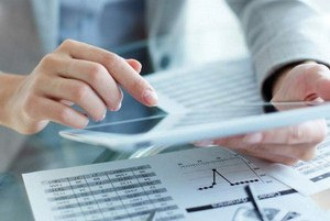 Оценка стоимости контрольного и неконтрольного пакета акций